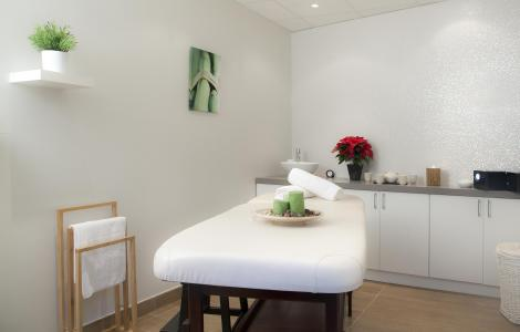 Location au ski Hôtel Club MMV Altitude - Les Arcs - Massage
