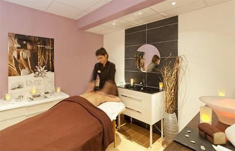 Location au ski Hotel Club Mmv Les Melezes - Les Arcs - Massage
