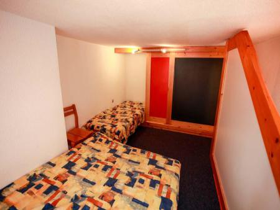 Location au ski Studio mezzanine 4 personnes (335) - La Résidence l'Archeboc - Les Arcs - Table