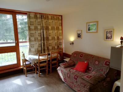 Location au ski Studio coin montagne 4 personnes (534) - Résidence Belles Challes - Les Arcs - Canapé