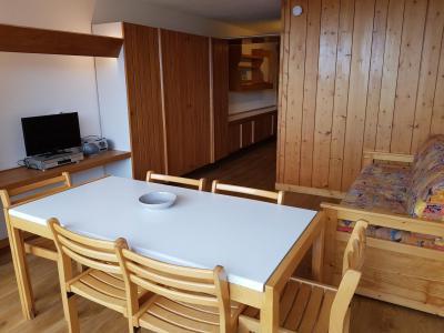 Location au ski Studio coin montagne 5 personnes (13R) - Résidence Haut de l'Adret - Les Arcs - Table