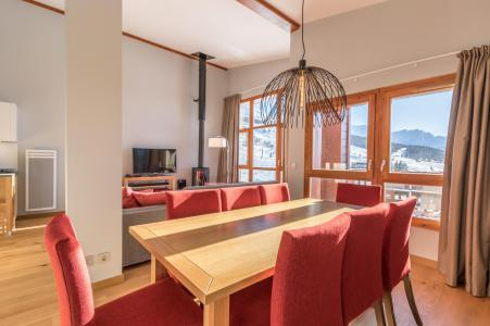 Rent in ski resort 5 room apartment 10 people (703) - Résidence les Monarques - Les Arcs - Table