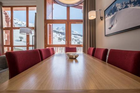 Rent in ski resort 5 room apartment 7-9 people (501) - Résidence les Monarques - Les Arcs - Table