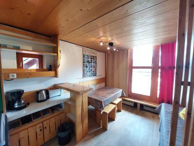 Location au ski Studio mezzanine 3 personnes (236) - Résidence Mirantin 2 - Les Arcs - Canapé