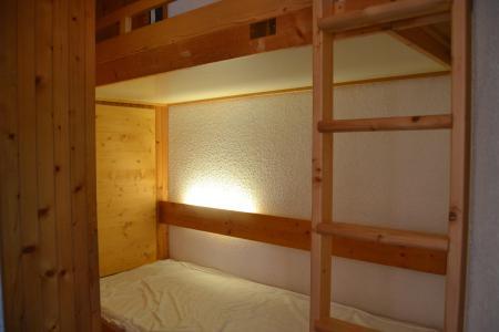 Location au ski Studio coin montagne 4 personnes (403) - Résidence Miravidi - Les Arcs - Chambre