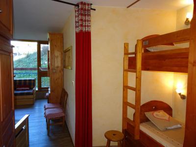 Location au ski Studio coin montagne 4 personnes (428) - Résidence Miravidi - Les Arcs - Chambre