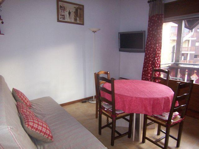 Location au ski Appartement 2 pièces mezzanine 6 personnes (205) - Residence Cintra - Les Carroz - Coin repas