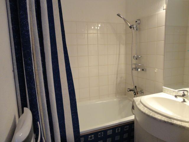 Location au ski Appartement 2 pièces mezzanine 6 personnes (205) - Residence Cintra - Les Carroz - Salle de bains