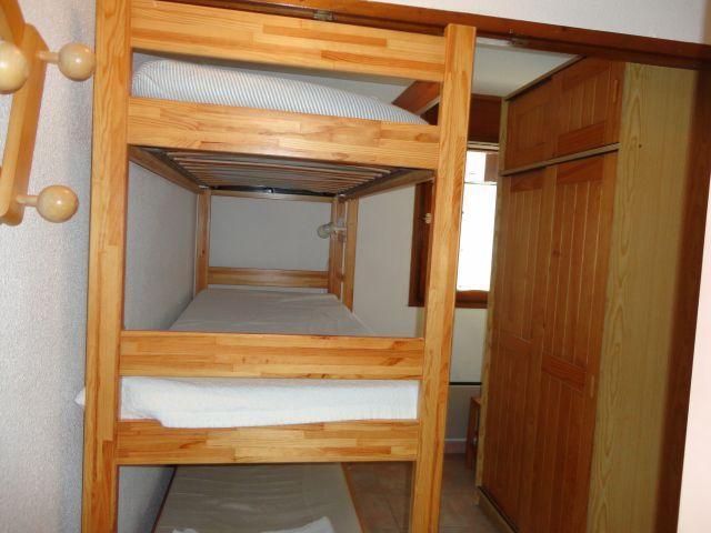 Location au ski Studio coin montagne 5 personnes (207) - Residence Cintra - Les Carroz - Lits superposés
