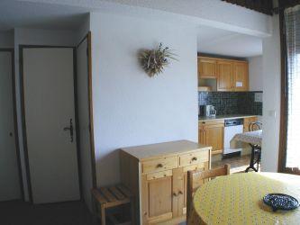 Location au ski Studio mezzanine 4 personnes (B13) - Residence Edelweiss - Les Carroz