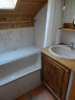 Location au ski Appartement 3 pièces cabine 6 personnes (15) - Residence Le Panda - Les Carroz - Salle de bains