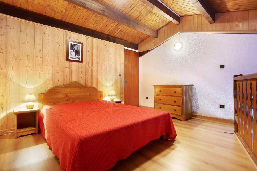 Аренда на лыжном курорте Résidence le Front de Neige - Les Carroz - Двухспальная кровать