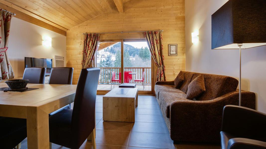 Rent in ski resort Résidence Léana - Les Carroz - Living room