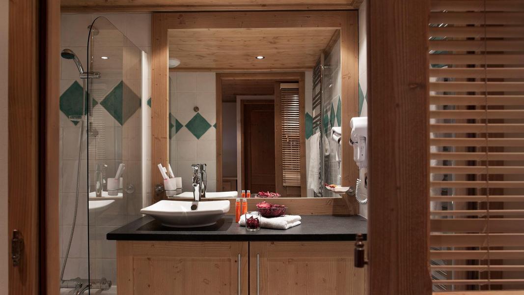 Rent in ski resort Résidence les Chalets de Jouvence - Les Carroz - Bathroom