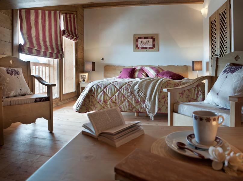 Rent in ski resort Résidence les Chalets de Jouvence - Les Carroz - Bedroom