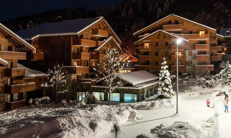 Аренда на лыжном курорте Résidence les Fermes du Soleil - Maeva Home - Les Carroz - зимой под открытым небом