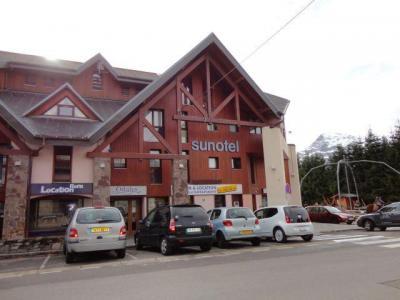 Location au ski La Residence Sunotel - Les Carroz - Extérieur hiver