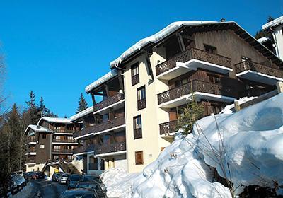 Location au ski Residence Le Front De Neige - Les Carroz - Extérieur hiver