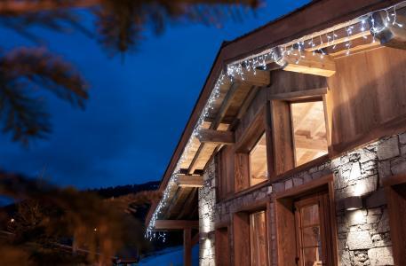 Vacances en montagne Résidence les Chalets de Jouvence - Les Carroz - Extérieur hiver