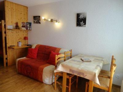 Location au ski Studio 4 personnes (LB0) - Residence Les Mazots - Les Carroz - Extérieur hiver