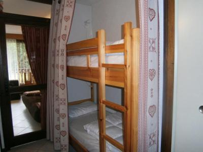 Location au ski Studio cabine 6 personnes (GB1) - Residence Les Mazots - Les Carroz - Lits superposés