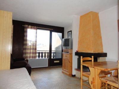 Location au ski Studio 4 personnes (2) - Residence Les Moulins - Les Carroz - Banquette
