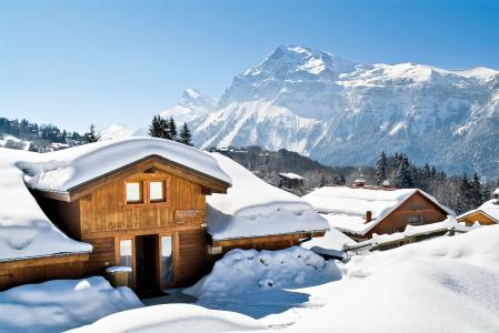 Location au ski Résidence P&V Premium les Fermes du Soleil - Les Carroz - Extérieur hiver