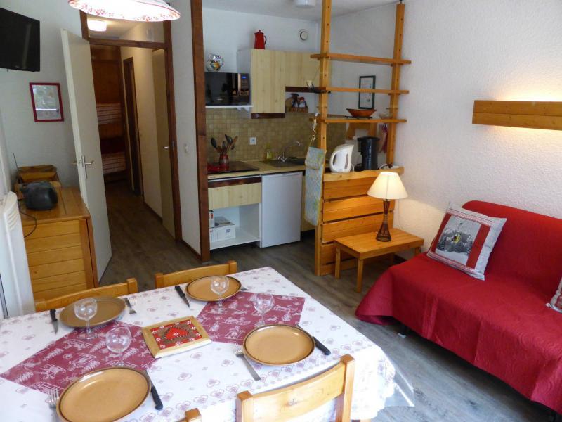 Аренда на лыжном курорте Квартира студия со спальней для 5 чел. (F1E) - Résidence le Brulaz - Les Contamines-Montjoie - Стол