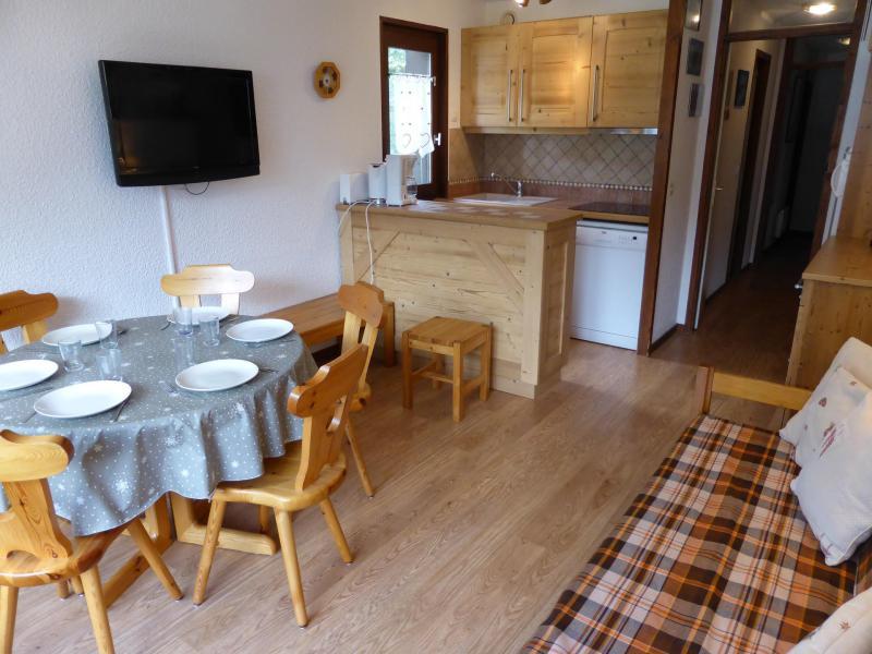 Wynajem na narty Apartament 3 pokojowy 6 osób (D75/R571) - Résidence Rochasset - Les Contamines-Montjoie - Stołem