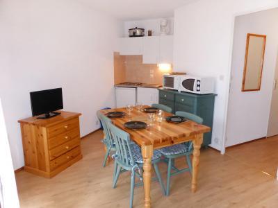 Rent in ski resort 1 room apartment 4 people (14) - L'Enclave I et J - Les Contamines-Montjoie - Table