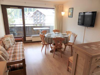 Rent in ski resort 3 room apartment 6 people (D75/R571) - Résidence Rochasset - Les Contamines-Montjoie - Living room