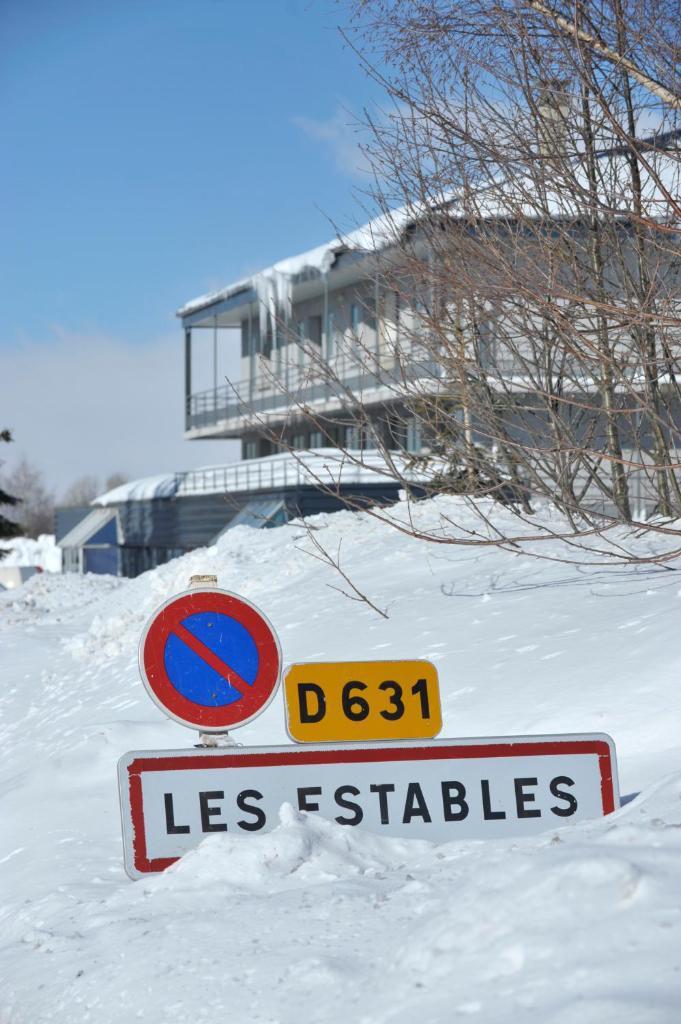 Vakantie in de bergen VVF Villages les Sources de la Loire - Les Estables - Buiten winter