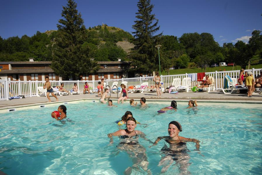 Location au ski VVF Villages les Sucs du Velay - Les Estables - Piscine