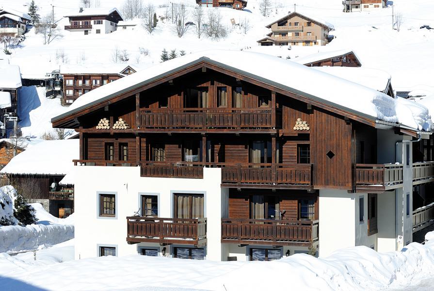 Ski verhuur Résidence Lagrange les Fermes d'Emiguy - Les Gets - Buiten winter
