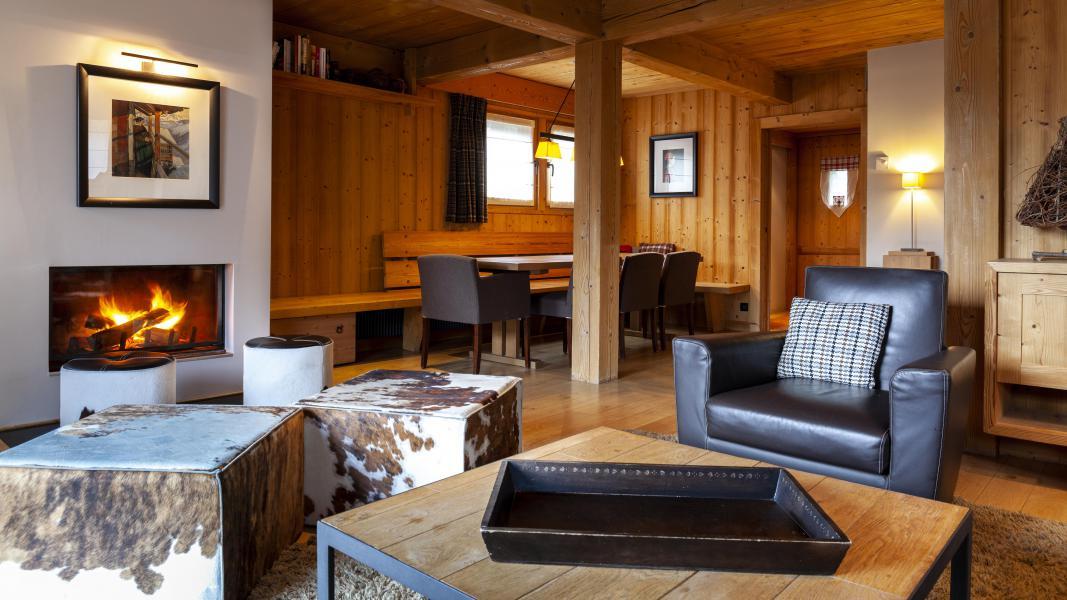 Location au ski Les Chalets Les Granges d'en Haut 1 - Les Houches - Canapé