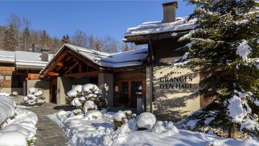 Location au ski Les Chalets Les Granges d'en Haut 2 - Les Houches - Extérieur hiver
