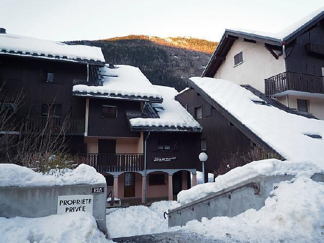Holiday in mountain resort 1 room apartment 4 people (1) - Mont-Blanc Plein Sud B - Les Houches - Winter outside