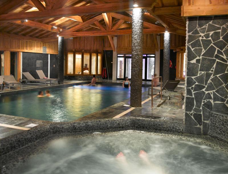 Location au ski Résidence le Hameau de Pierre Blanche - Les Houches - Jacuzzi