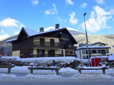 Rent in ski resort 3 room apartment 4 people (1) - L'Hermine - Les Houches - Winter outside