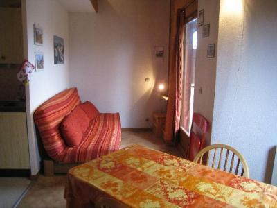 Location au ski Studio mezzanine 4 personnes (A18) - Residence Le Chateau - Les Houches - Canapé-lit