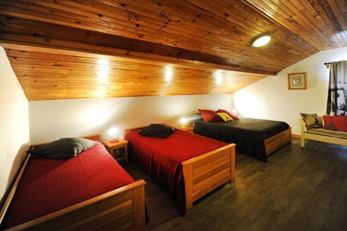 Location au ski Appartement 3 pièces 8 personnes - Chalet Le Genepi - Les Menuires - Lit simple