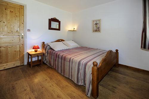 Location au ski Appartement 5 pièces 8 personnes - Chalet Le Genepi - Les Menuires - Lit double