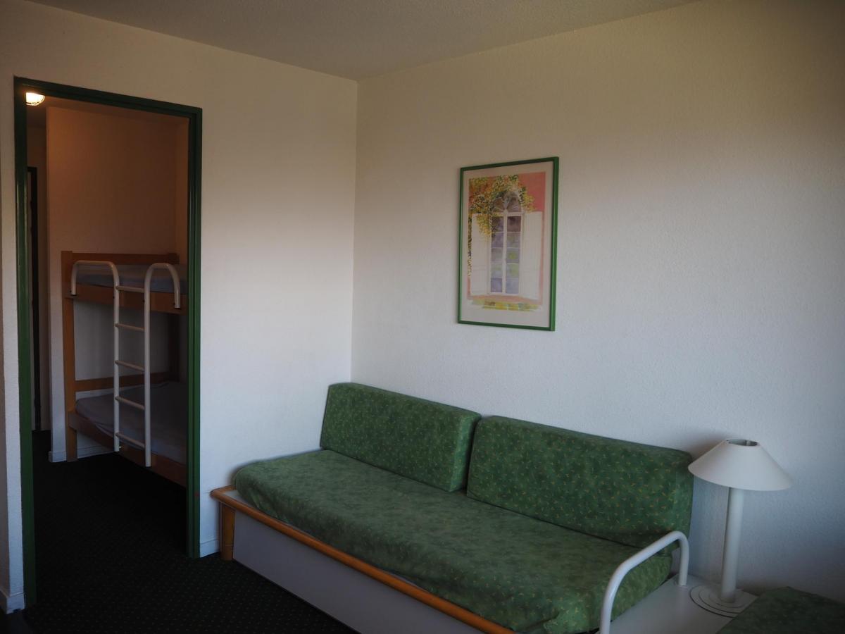 Location au ski Studio cabine 3 personnes (306) - La Residence Le Necou - Les Menuires - Canapé