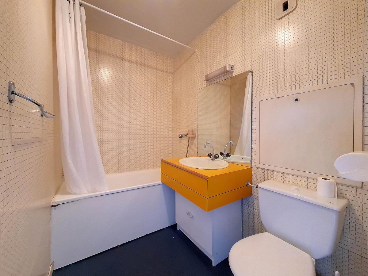 Location au ski Studio 3 personnes (050) - La Residence Les Carlines - Les Menuires - Salle de bains