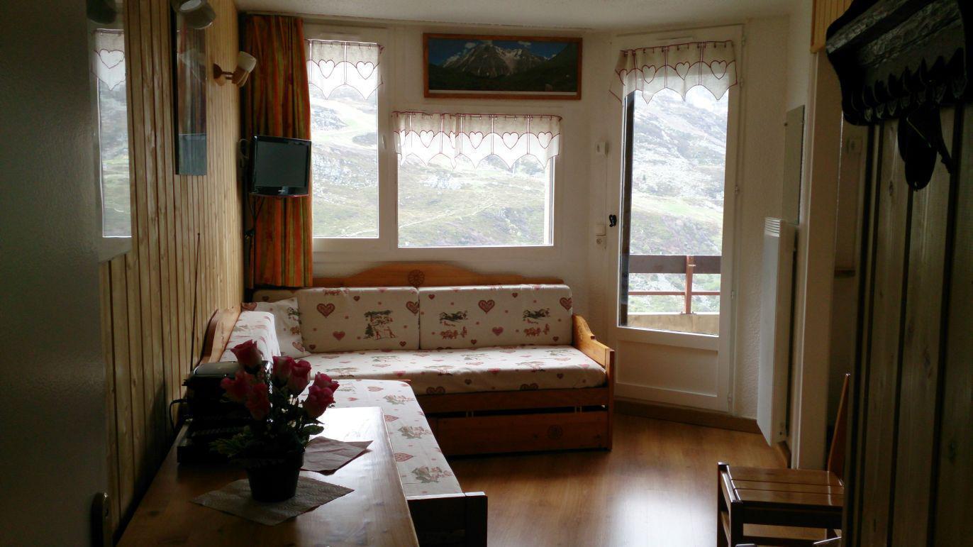 Location au ski Appartement 2 pièces 4 personnes (413) - La Residence Median - Les Menuires - Canapé