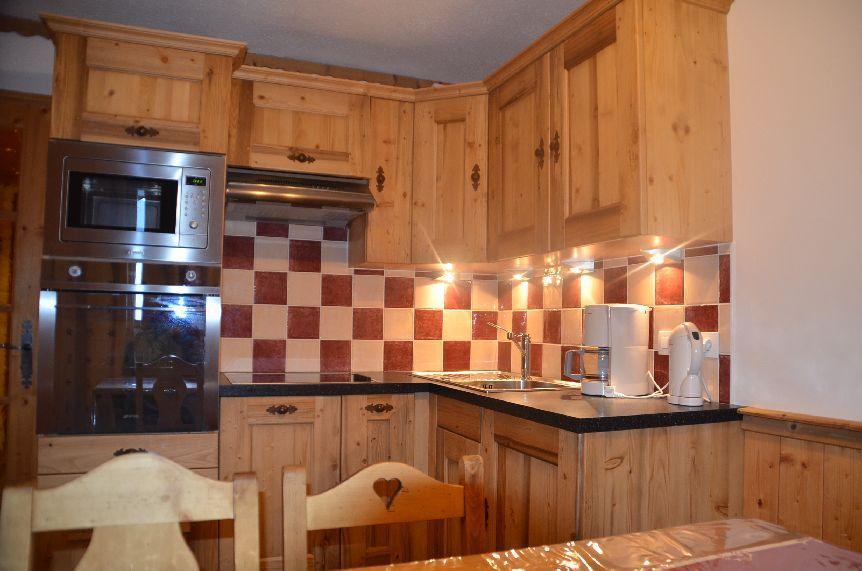 Location au ski Appartement 2 pièces cabine 4 personnes (322) - Les Cotes D'or Chalet Courmayeur - Les Menuires - Four multifonctions