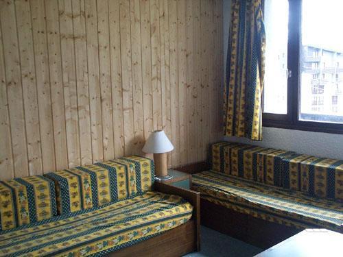 Location au ski Studio 4 personnes (232) - Residence Boedette - Les Menuires - Coin séjour