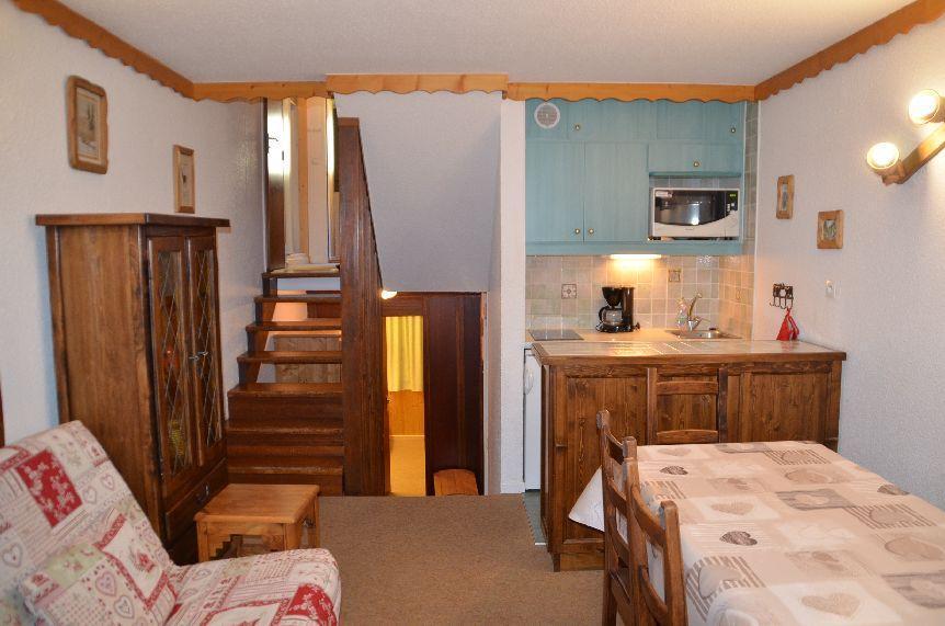 Location au ski Appartement 2 pièces 6 personnes (924) - Residence Danchet - Les Menuires - Table