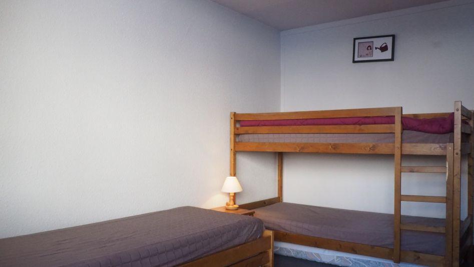 Location au ski Appartement 2 pièces 6 personnes (38) - Residence La Vanoise - Les Menuires - Lits superposés