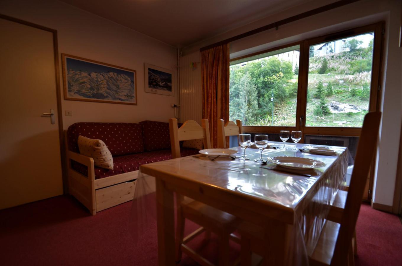 Location au ski Appartement 2 pièces coin montagne 6 personnes (C137) - Residence Le Jettay - Les Menuires - Séjour